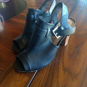 Fioni Black Open Toe Heels